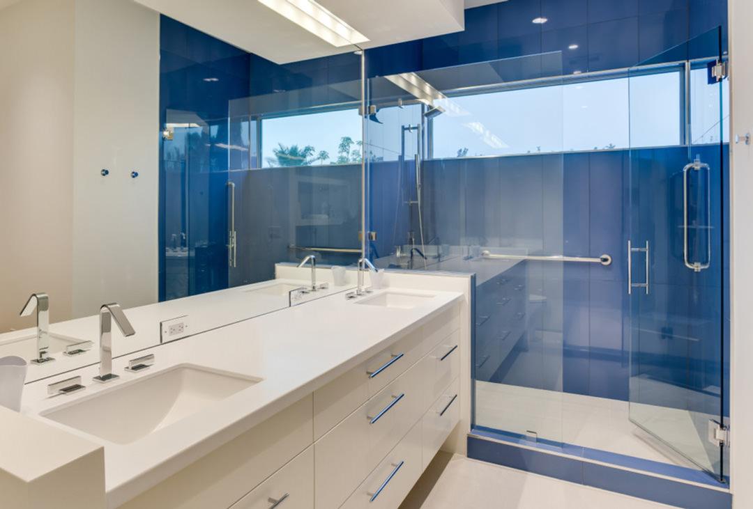 40 idee per un bagno blu e bianco u2022 design e abbinamento colori per