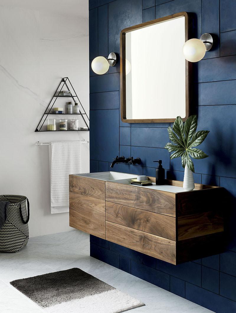 Arredo Bagno Colore Azzurro.40 Idee Per Un Bagno Blu E Bianco Piastrelle Pavimenti E