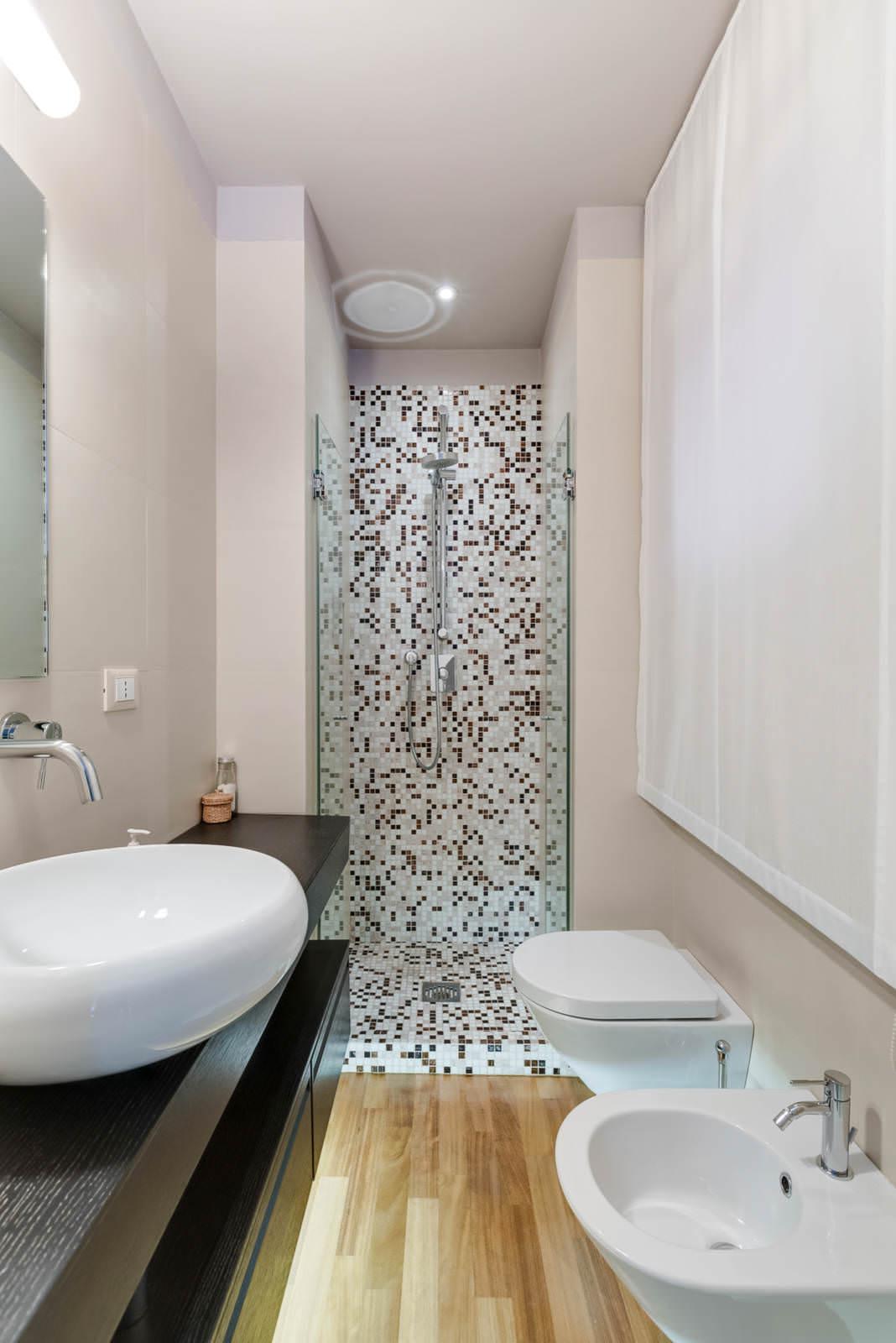 Mosaico Per Bagno Doccia.Bagno Con Pavimenti E Rivestimenti In Mosaico 100 Idee