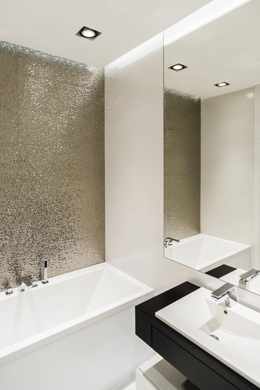 Idee Bagno Moderno Piccolo ristrutturare un bagno piccolo • 50 idee, soluzioni moderne