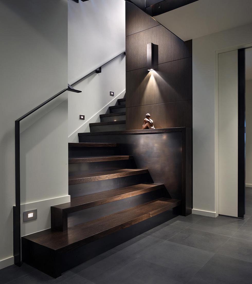 Come Pitturare Le Pareti Di Una Scala Interna scale interne in legno • guida introduttiva e 40 idee per